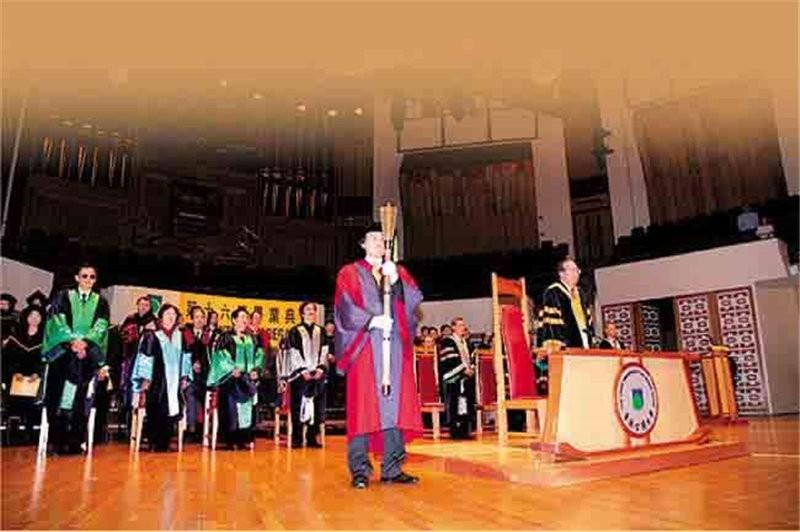 香港公开大学MBA同学香港修学及毕业合影图集